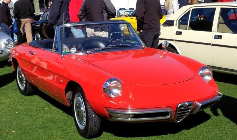 1967-Alfa-Romeo-Duetto-Spider-4